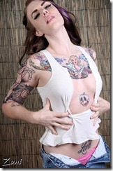 Women-with-Tattoos-6-27_00003